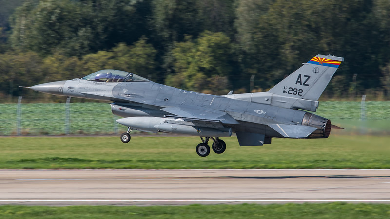 USAF 195 FS / Lockheed Martin F-16C-32 Fighting Falcon / 86-0292 AZ