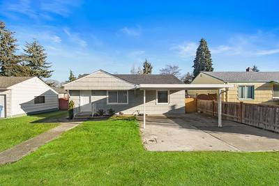 11611 Park Ave S, Tacoma, WA
