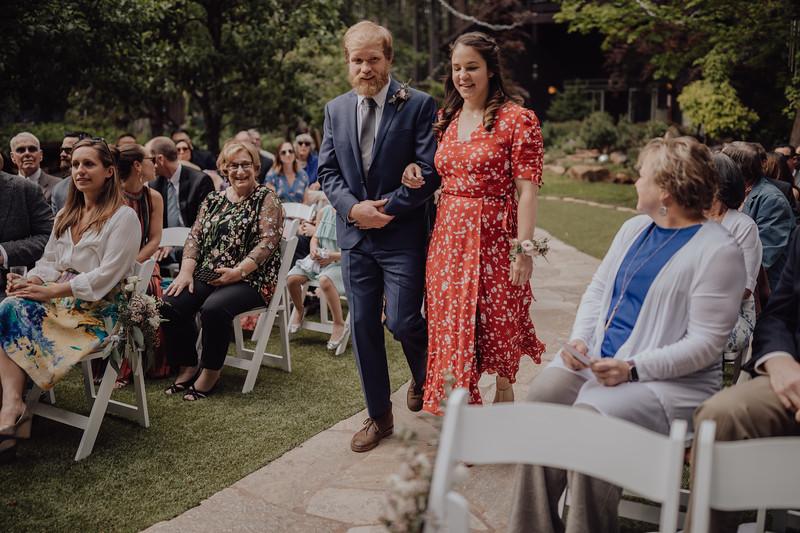 2018-05-12_ROEDER_JulieSeth_Wedding_ROEDER1_0095.jpg