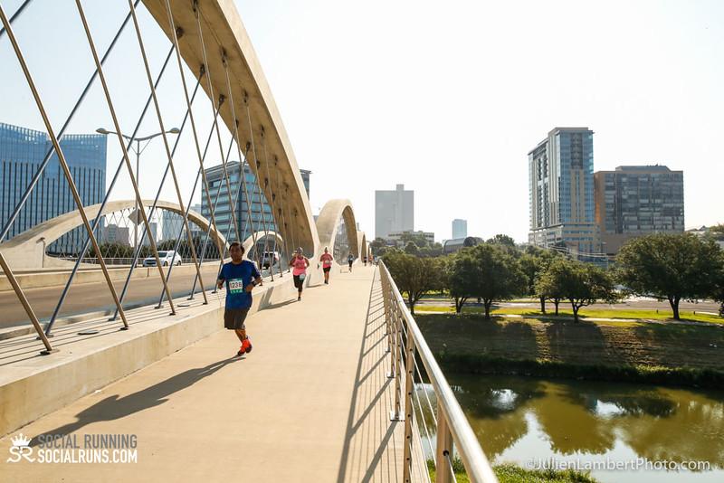 Fort Worth-Social Running_917-0277.jpg