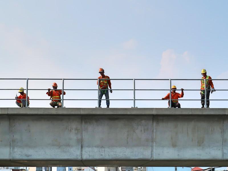 IMG_3669-metro-workers.jpg