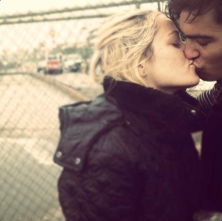 HAILEE-JAKE-KISS.png
