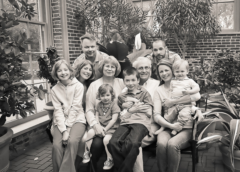 Fam with  bw (1 of 1).jpg