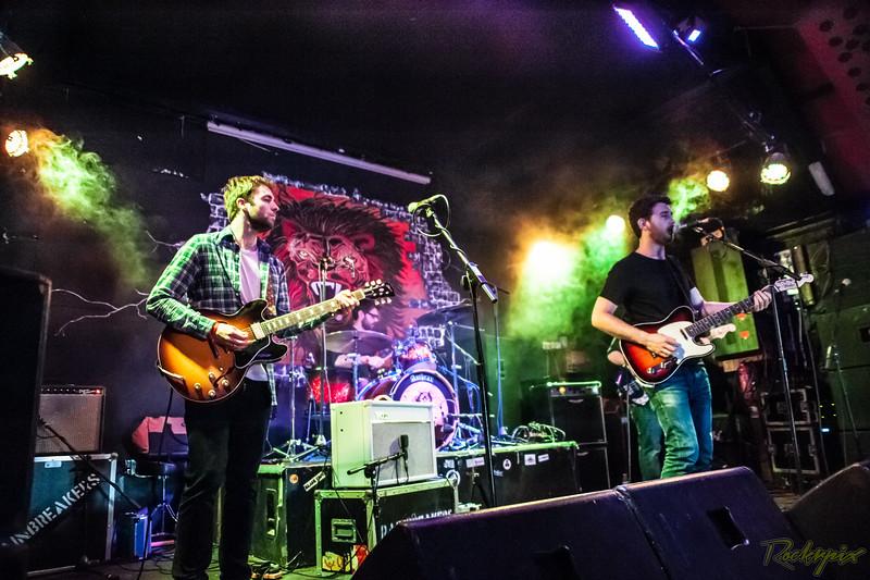 The Rainbreakers - Gravesend