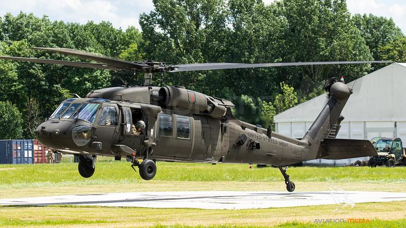 90-26271_USArmy-2-1stAVN_UH-60L_MG_9359.jpg