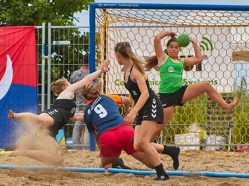 Molecaten NK Beach Handball 2017 dag 1 img 400.jpg