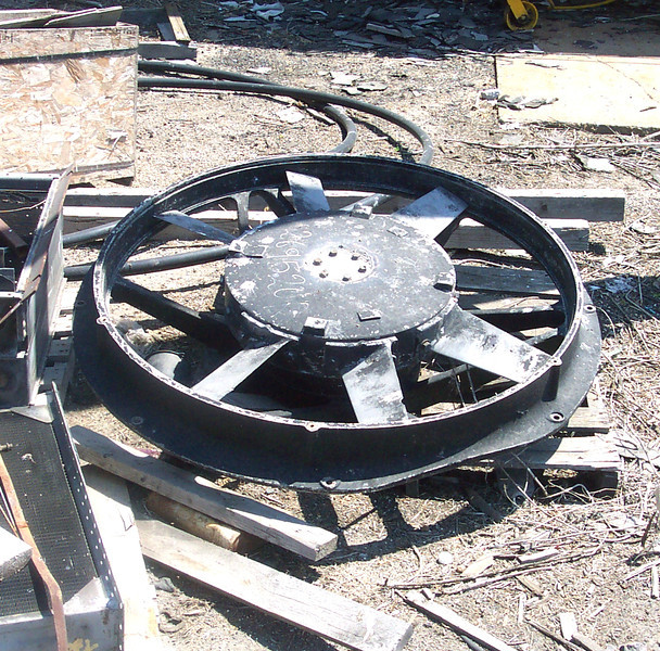 48-inch radiator fan. At Grand Island, Nebr. on the Nebreaka Central. July 2002. <i>Don Strack Photo</i>