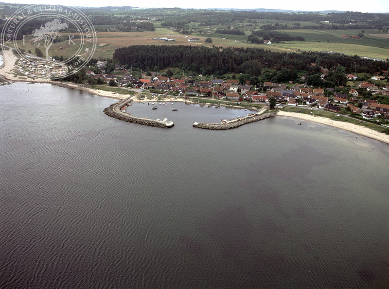 Vitemölle and Vitemölle harbour (1991) | PH.0149