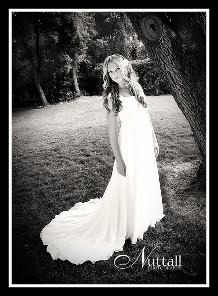 Teisha Bridals 076bw.jpg