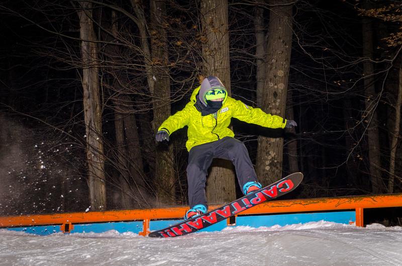 Nighttime-Rail-Jam_Snow-Trails-45.jpg