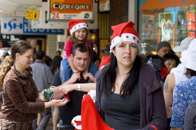 Xmas hats Santa Parade Auckland New Zealand - 27 Nov 2005
