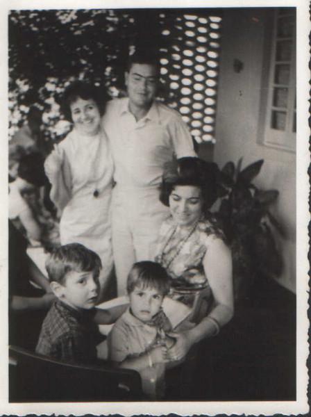Casal Dias Mendes, Vera Venancio e filhos
