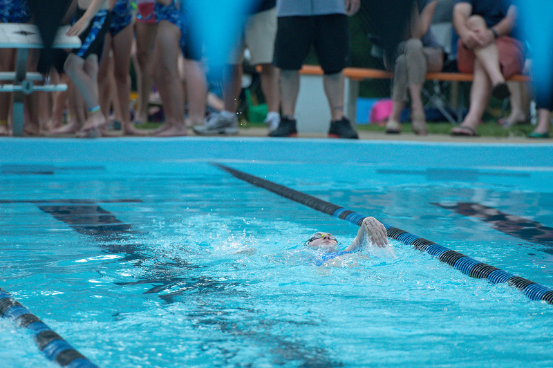 lcs_swimming_kevkramerphoto-532.jpg