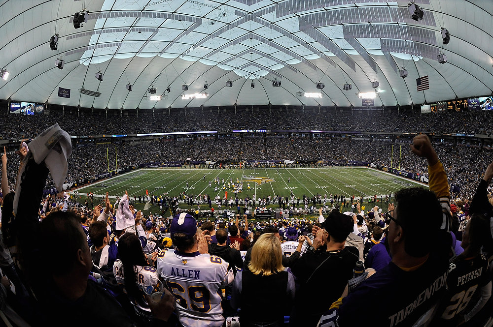 Description of . MINNEAPOLIS, MN - DECEMBER 30: A general view of Mall of America Field at the Hubert H. Humphrey Metrodome during the first quarter of the game between the Minnesota Vikings and the Green Bay Packers on December 30, 2012 in Minneapolis, Minnesota. (Photo by Hannah Foslien/Getty Images)