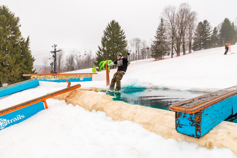 Pool-Party-Jam-2015_Snow-Trails-661.jpg