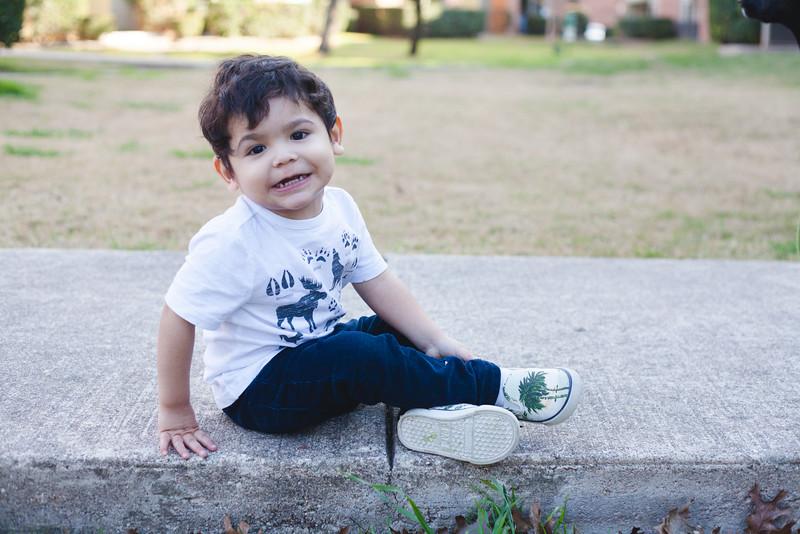 Santi 28 months-4.jpg