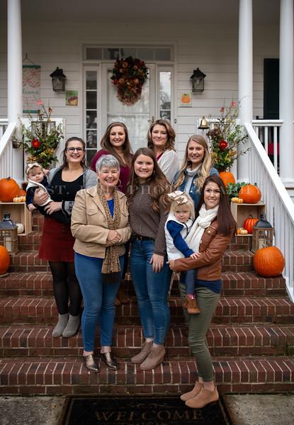 2019 November Ellis Family-202-160.jpg