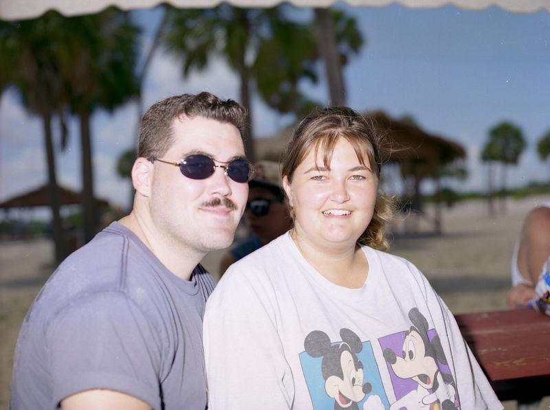 1996 06 08 - Party at Base Beach 074.jpg