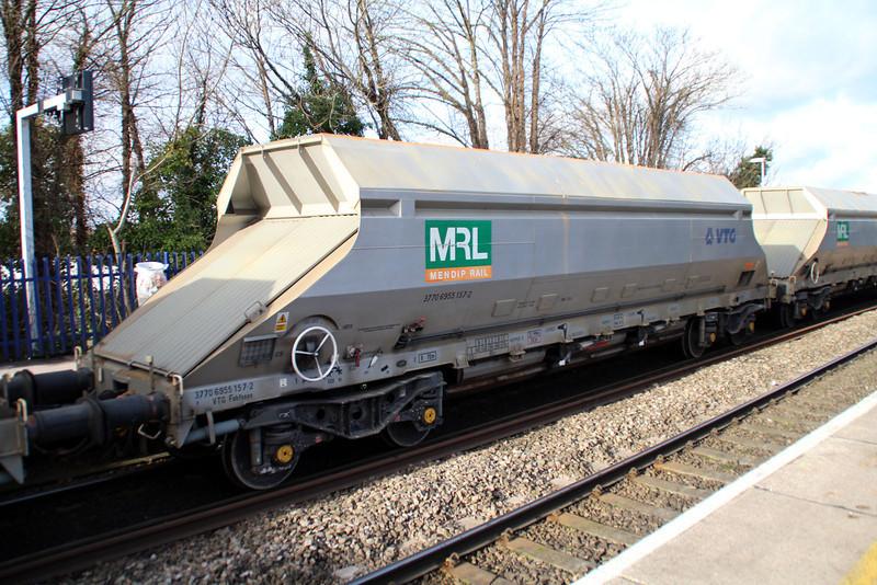 IIA 37706955157-2 Reading West 01/02/13.