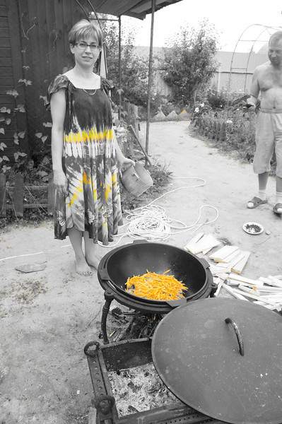 2012-07-07 Полегаевы - Дача 23.JPG