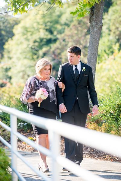 Palisades-magnolia-summer-outdoor-wedding-carol-harrold-photography-13.jpg