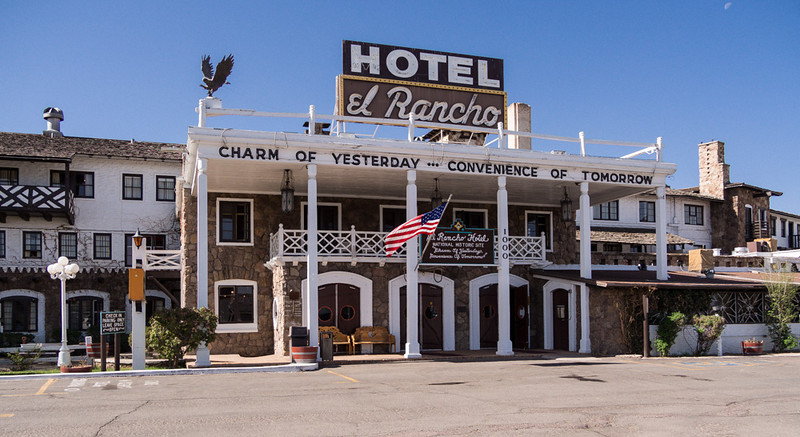 Historic El Ranco Hotel in Gallup, NM