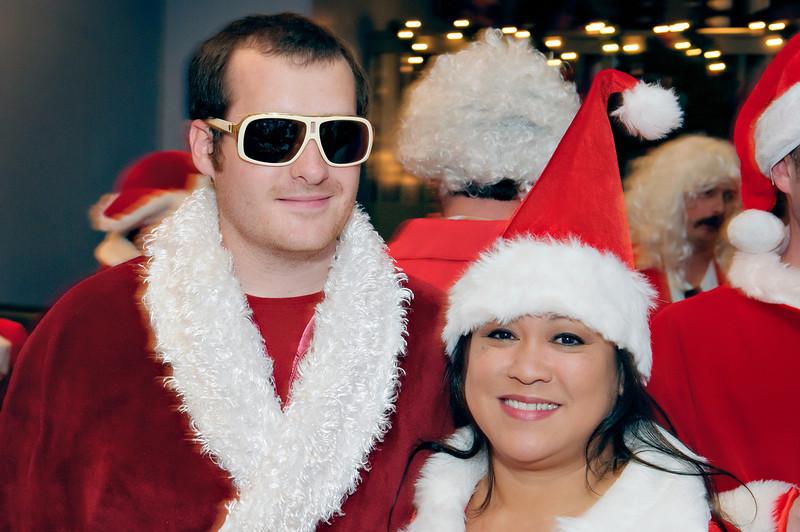 2011 GBT Santa Crawl-107.jpg