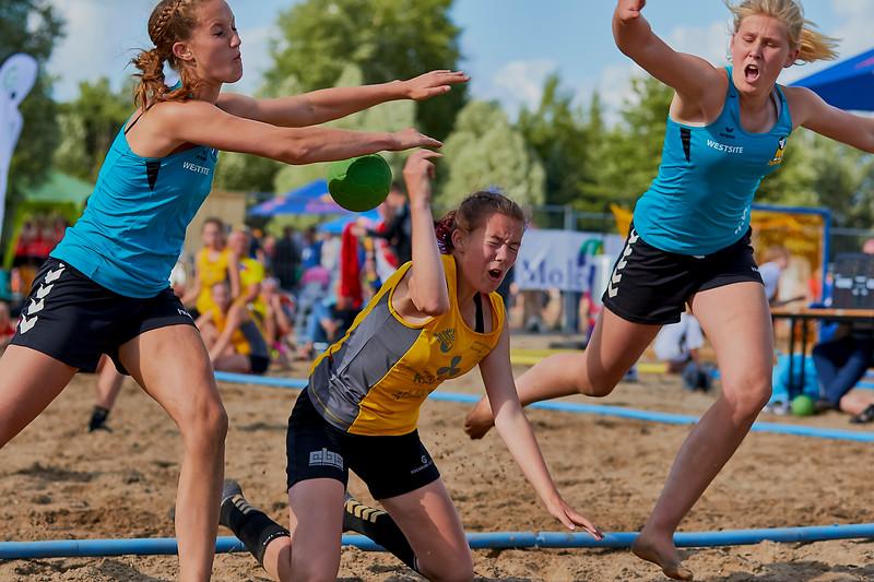 Molecaten NK Beach Handball 2016 dag 1 img 606.jpg