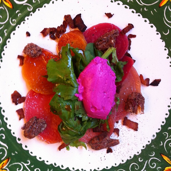 Not quite the same @jennyheinrich @moabiite but close? On the table tonite: roasted farmer's market beets, rocket, beet-infused goat cheese, #bacon and homemade sweet and spicy pecans
