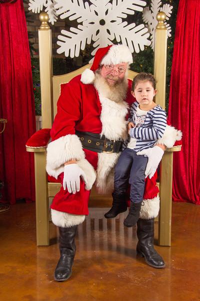 Santa 12-16-17-242.jpg