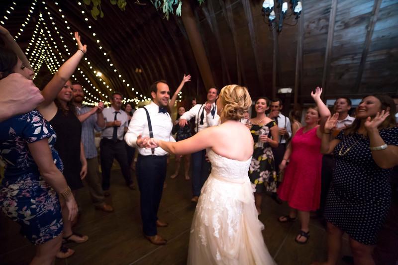 Garrett & Lisa Wedding (853).jpg