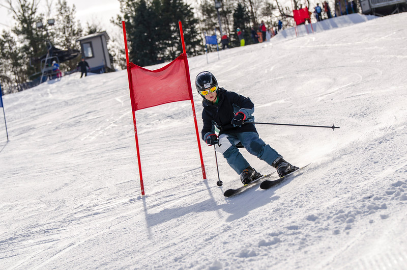 Standard-Races_2-7-15_Snow-Trails-102.jpg