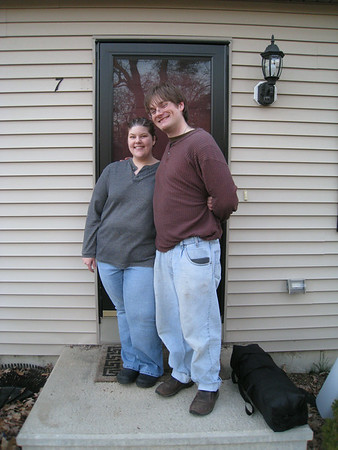 2008_04_30 - Aaron & Quinn Move In!
