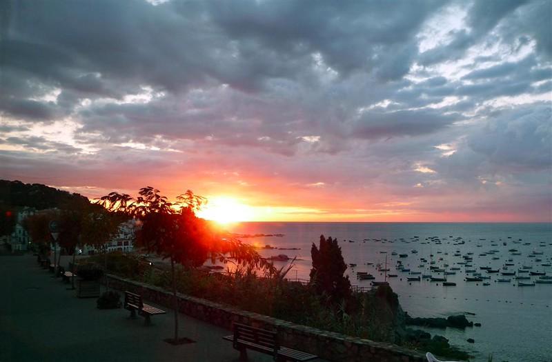 sunrise-in-calella_2875788475_o.jpg