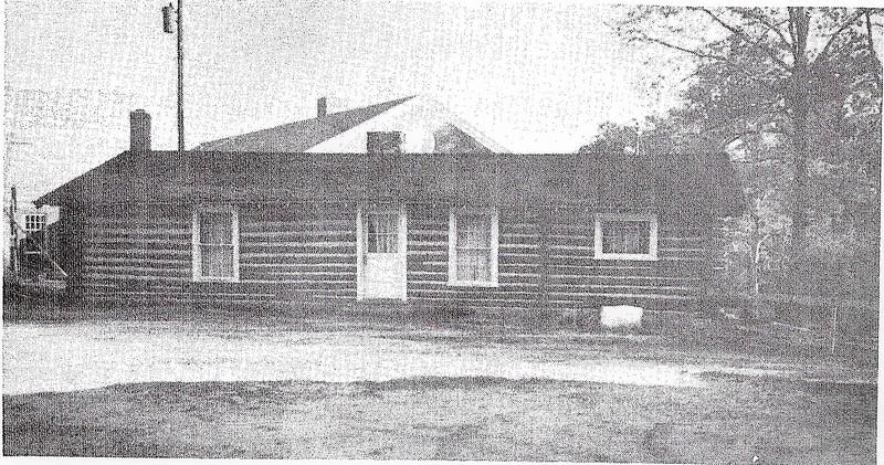 Log Hut 1968 (2).jpg