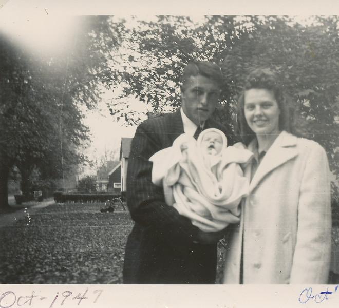 Dale, Irma, Steven Clark Oct 1947.jpg
