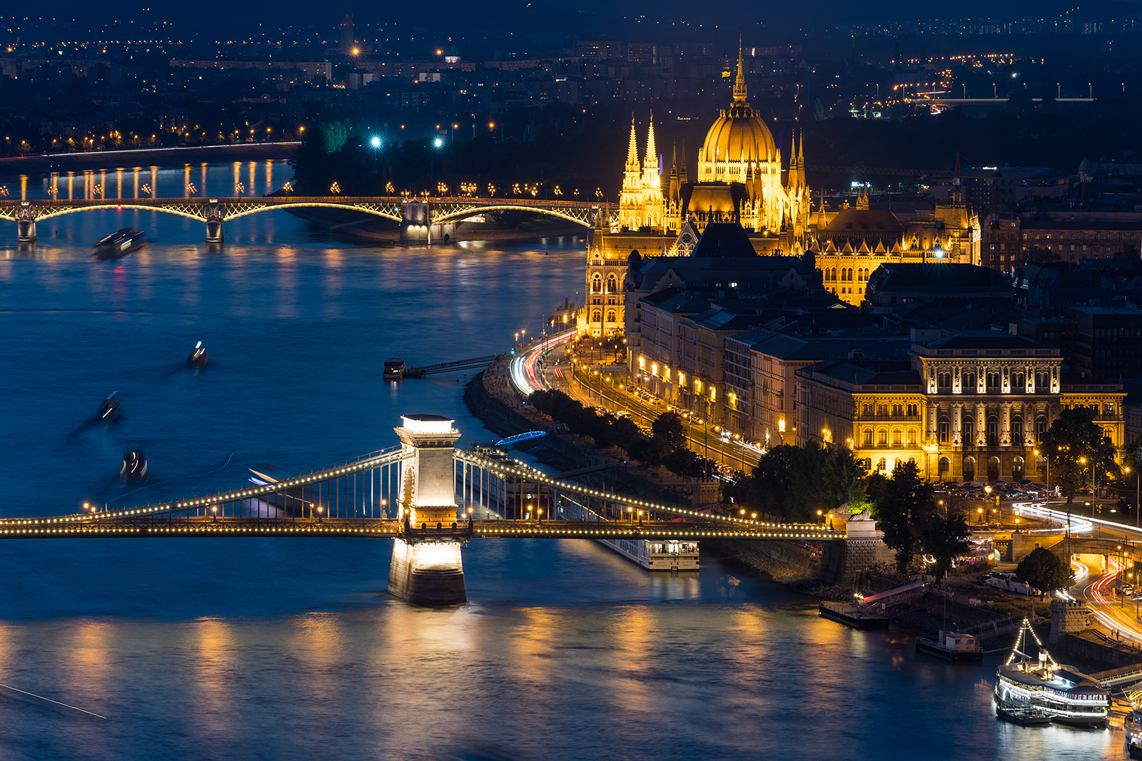 Budapest, Parliament, chain bridge, citadel, Hungary, night photo, longexposure, Budapest with the Sony A7III