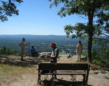 Mt Tom Hikes