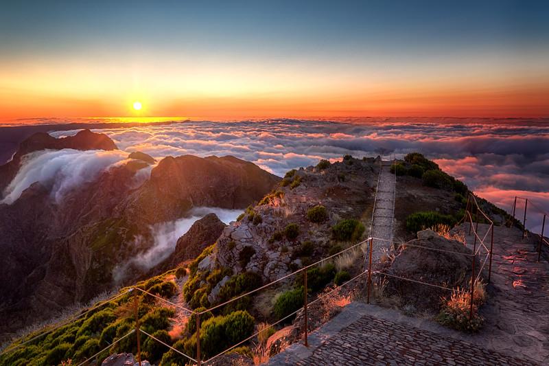 Sunset at Pico Ruivo II.jpg