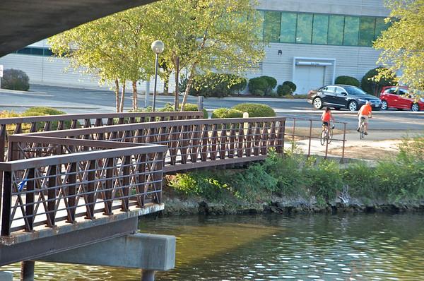 07 10 12 Rockford from Jefferson St. Bridge