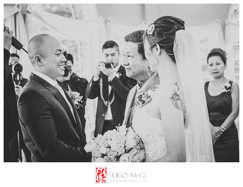 Calgary vietnamese wedding photography_Calgary Wedding Pavillion Wedding_Calgary indoor weddings_Calgary winter wedding photography014.JPG