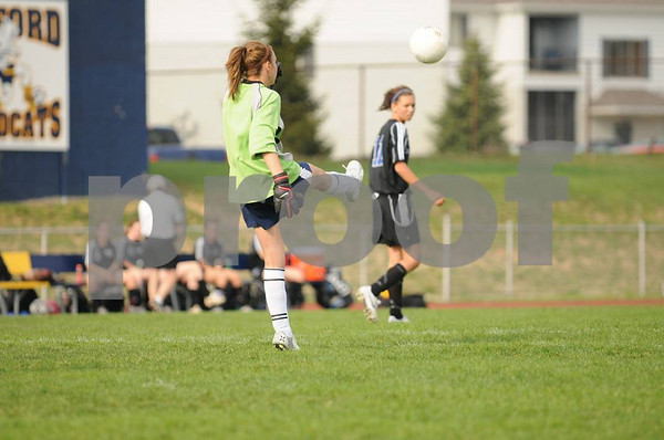 2008-04-25 Girls JV Soccer - Oxford vs RO