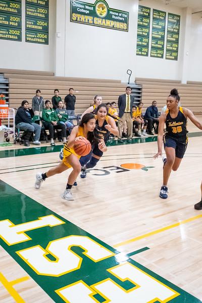 Basketball-W-2020-01-10-6763.jpg