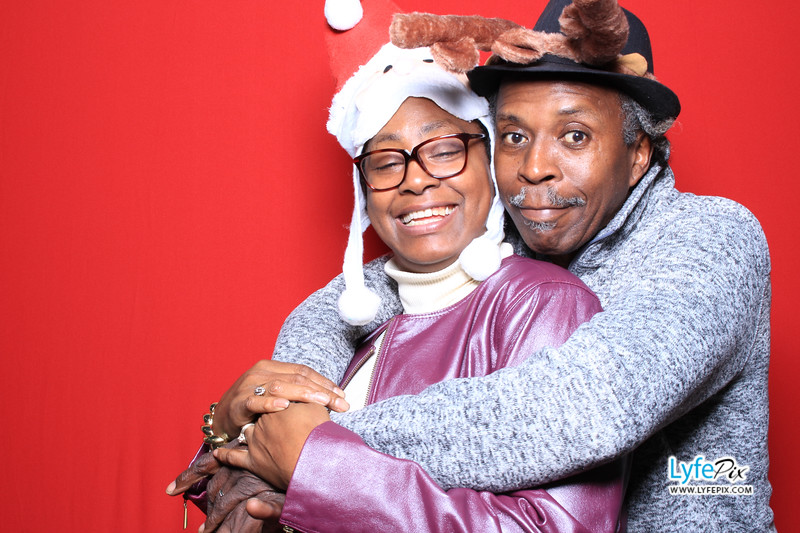 eastern-2018-holiday-party-sterling-virginia-photo-booth-0055.jpg