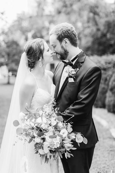 478_Ryan+Hannah_WeddingBW.jpg