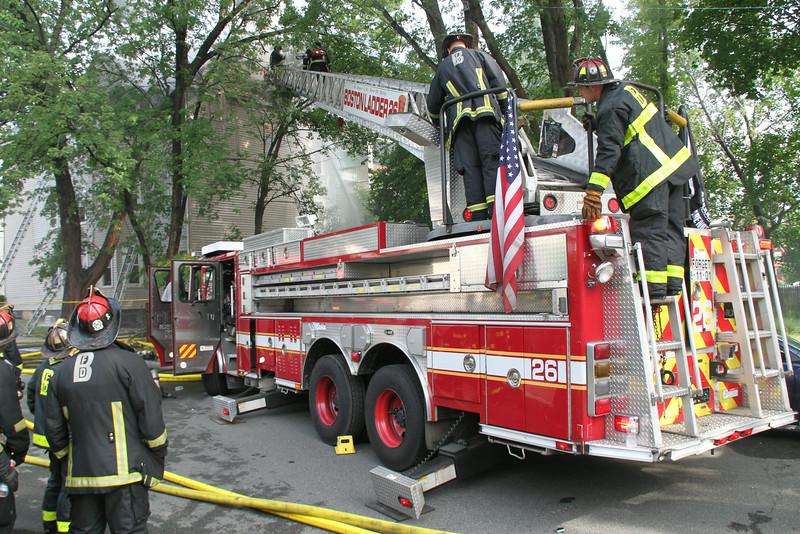 8-21-14, Boston - 4th Alarm 105 Murdock Street 121.JPG