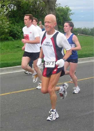 2003 Times-Colonist 10K - A good shot of Rod McCrimmon