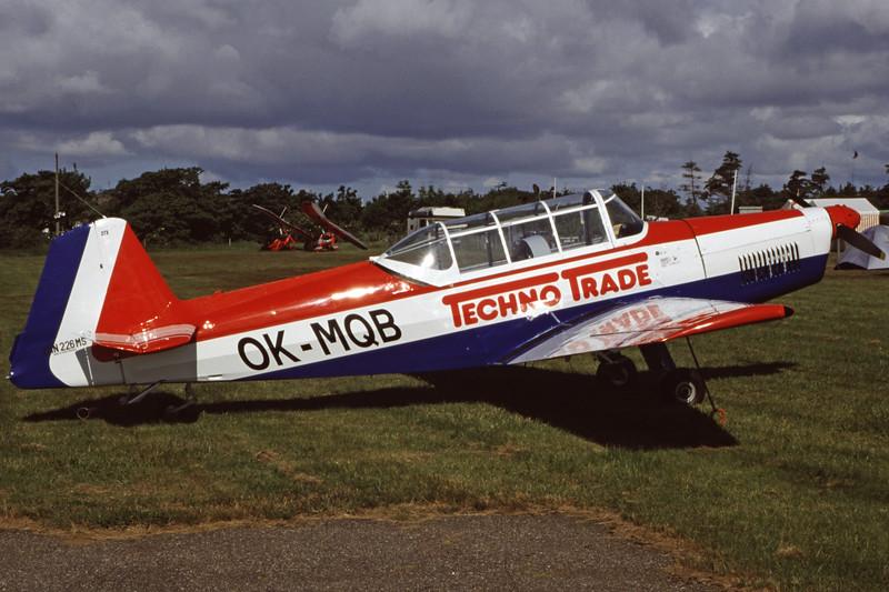 OK-MQB-ZlinZ-226MS-Private-EKVJ-1998-06-13-FC-04-KBVPCollection.jpg