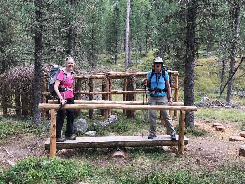 Children's trail teeter-totter