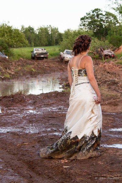 07-Mud Fun